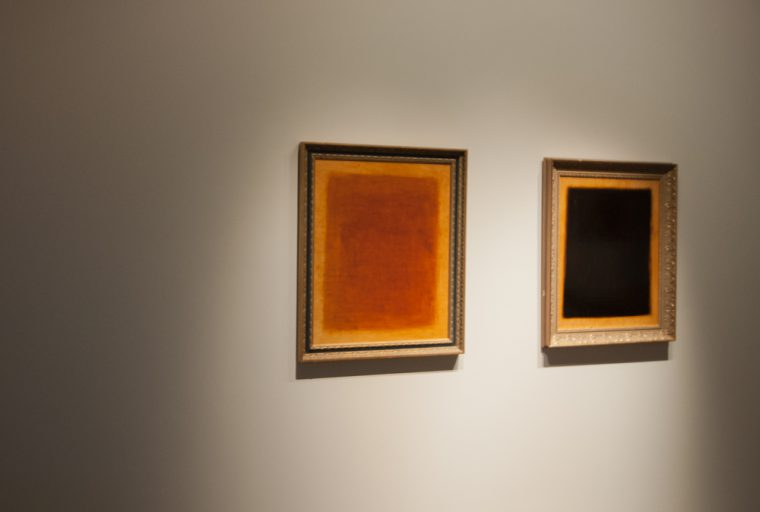 Install exhibition artwork